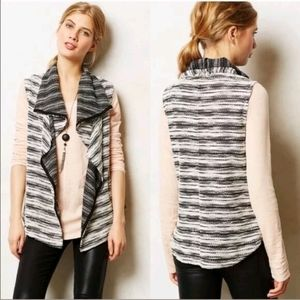 Anthropologie Dolan T-shirt vest shawls